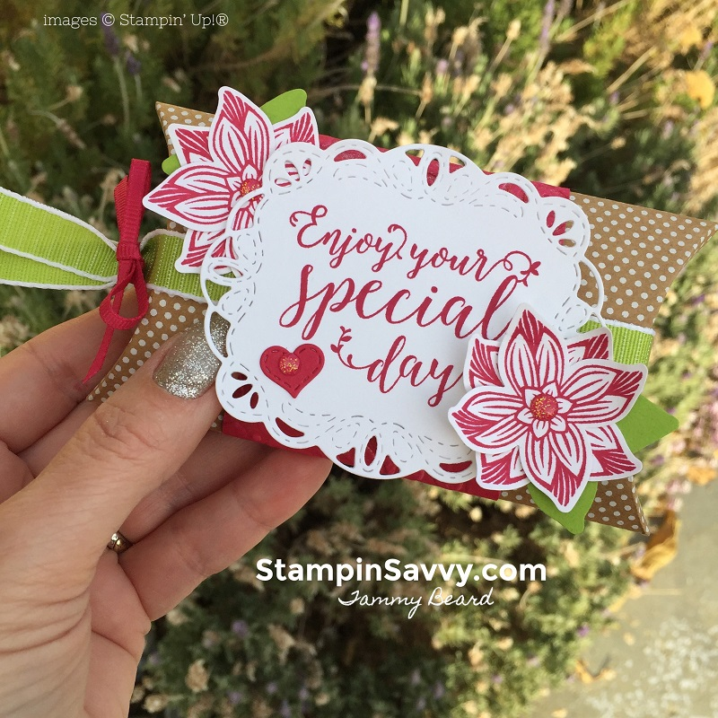 creative ways to present gift cards, pop of petals, stitched all around, kraft pillow box, stampin up, stampinup, stampin savvy, tammy beard 4